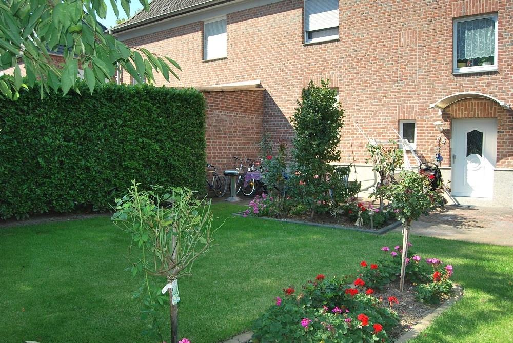 Garten mit Terrsse