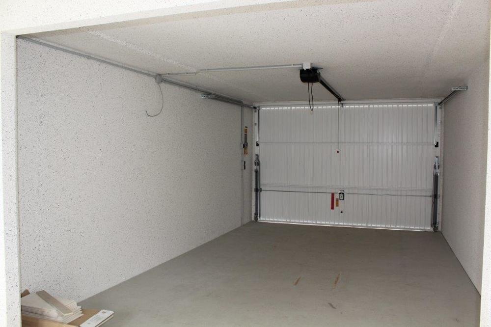 Garage mit el. Tor.png