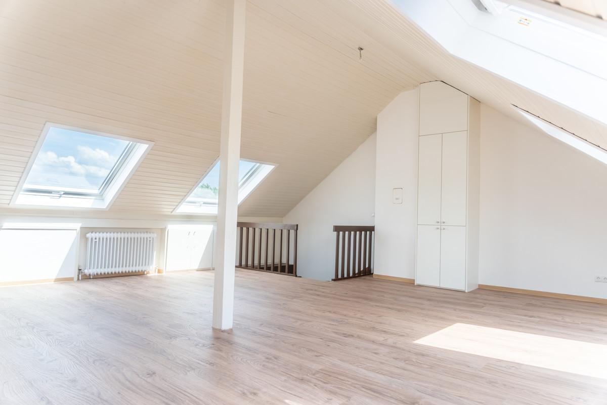 VERMIETET - Sanierte Maisonette-Wohnung in ruhiger Lage