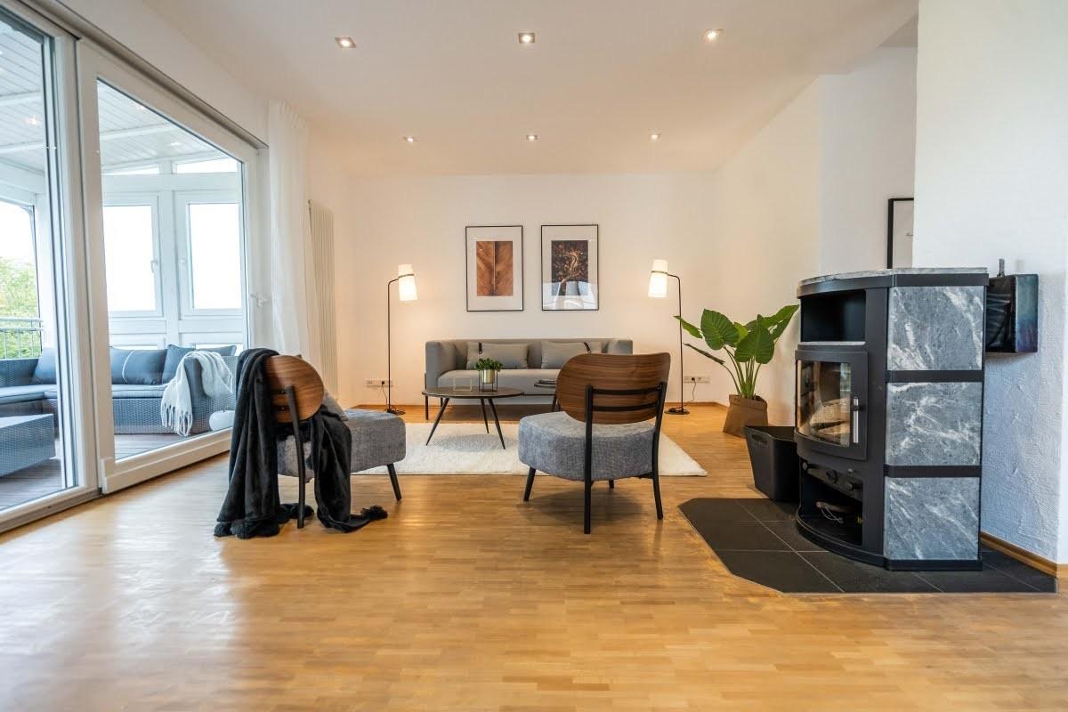 VERKAUFT - Einfamilienhaus mit großem Garten und tollem Weitblick