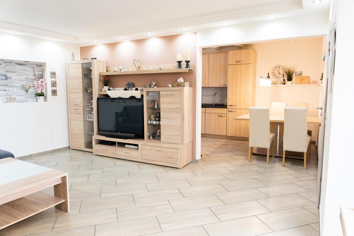 Modernisiertes Ein- bis Zweifamilienhaus mit viel Platz für die ganze Familie