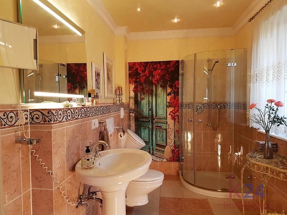 Gäste-WC in mediterranem Stil