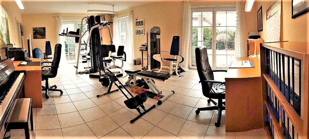Arbeits-Fitnesszimmer im Gartengeschoss