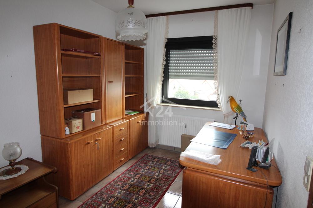 Büro/Kinderzimmer