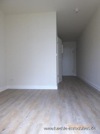 Zimmer_Blick Eingang