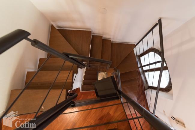 Appartamento in vendtita Villa Treppenhaus