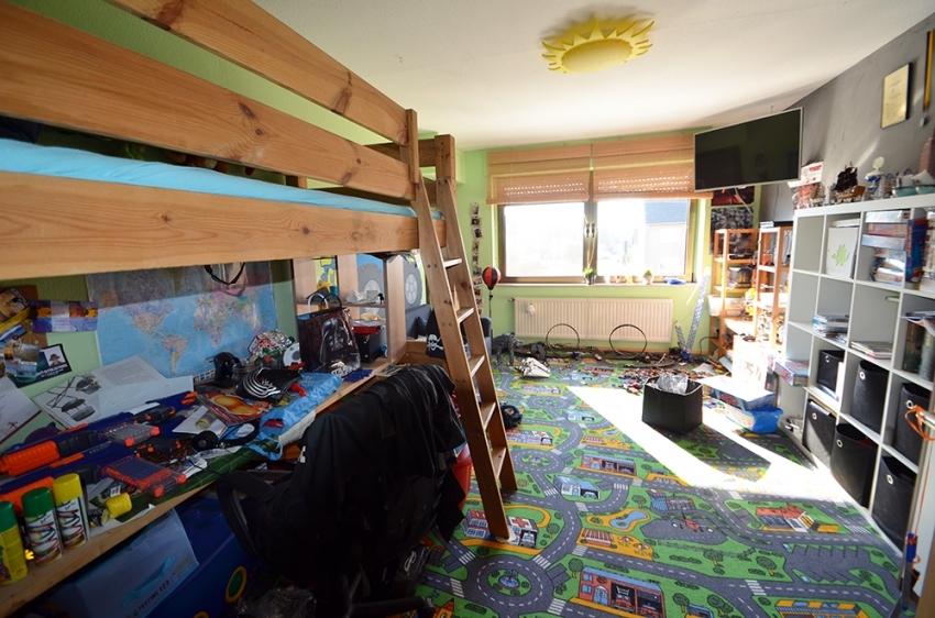 Schlaf/ Kinderzimmer 2