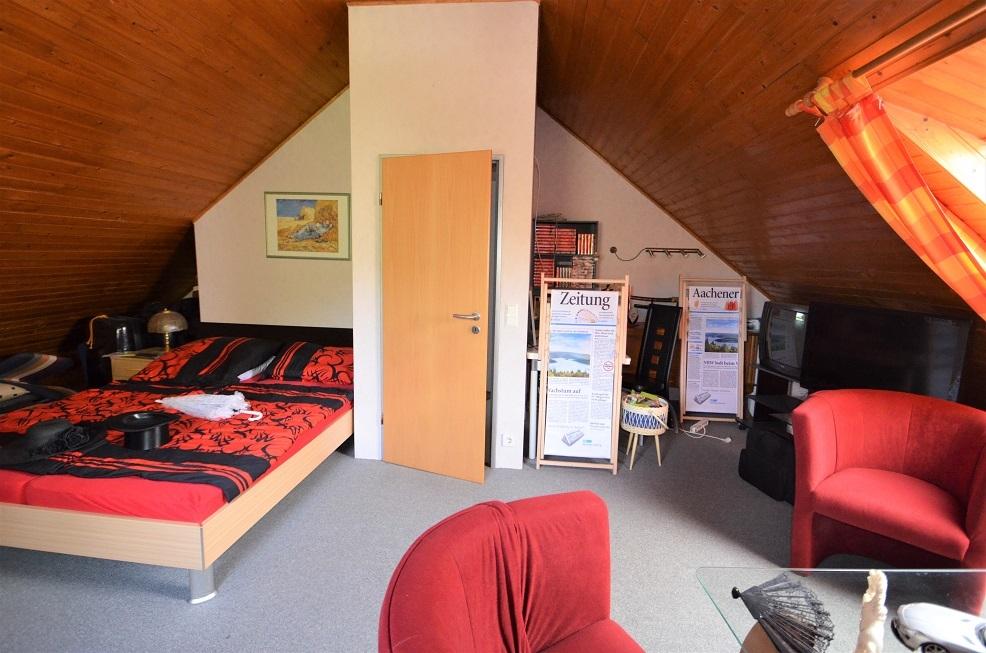 DG Schlafzimmer 4