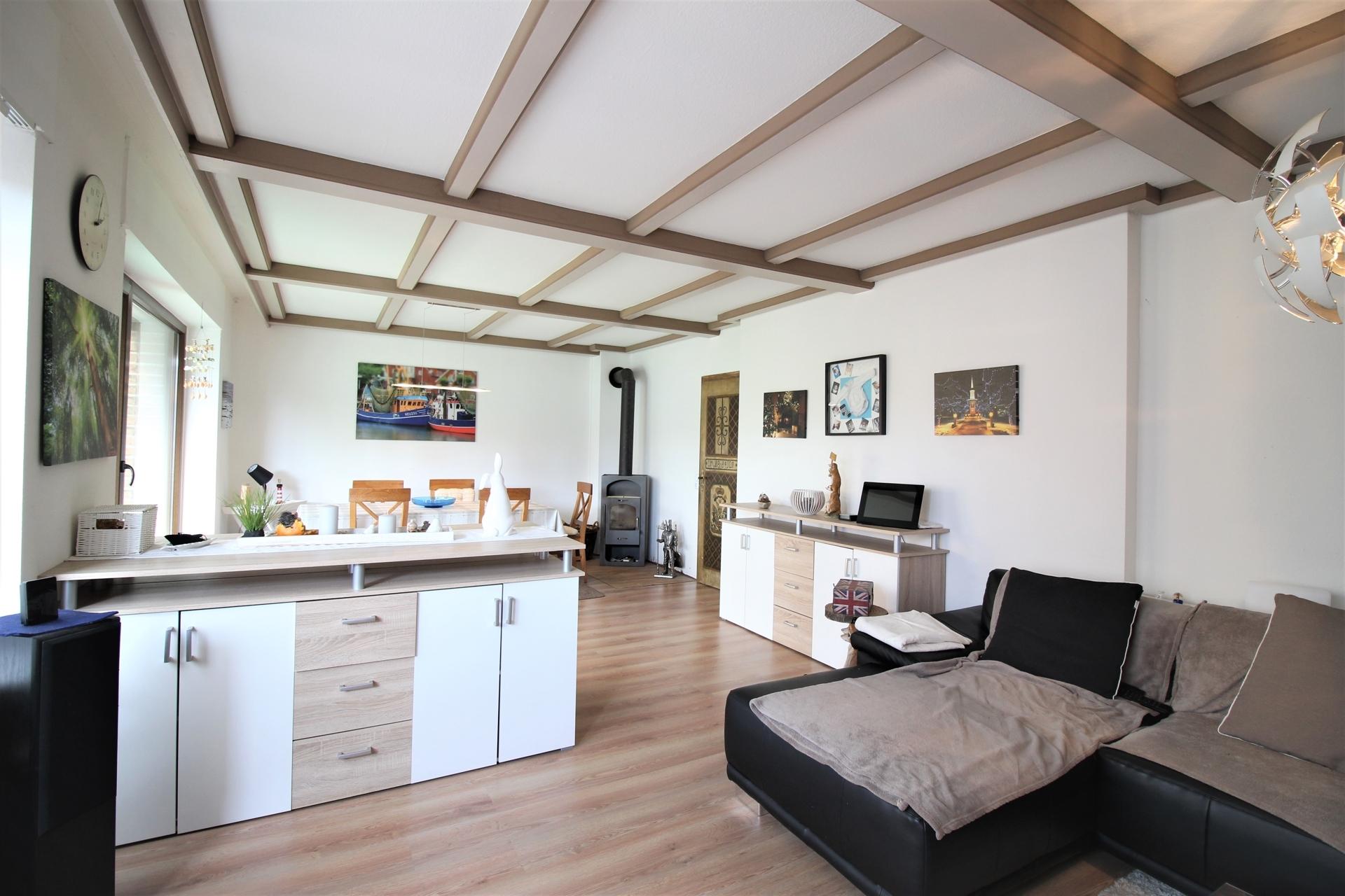 Wohnzimmer 4,14 m x 8,6 m