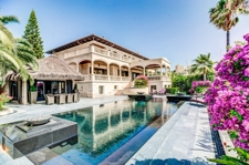 For sale villa in first sea line with private pool and garden in Cas Catala Mallorca (2)