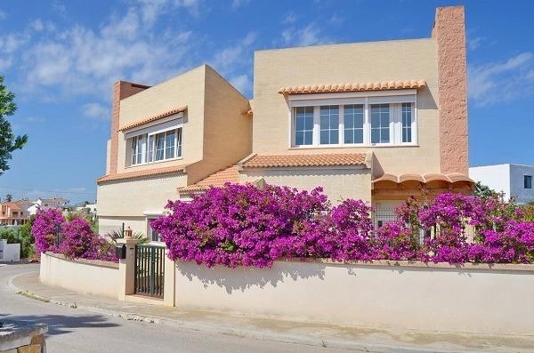 Neuwertige Villa fußläufig vom Hafen in Portocolom