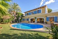 Villa mit privatem Pool und Garten in Palmanova