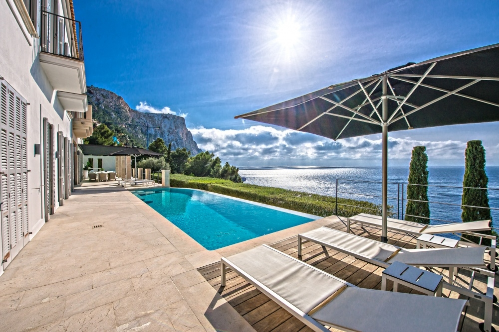 Sonnenterrasse mit Pool Meerblick Villa Port Andratx