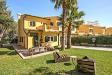 Villa and Large private garden in Palmanova for sale in Mallorca