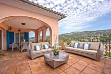 Dachterrasse mit Bergblick in Penthouse Apartment Bendinat zum Verkauf