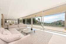Sea view living room in Costa den Blanes chalet for sale