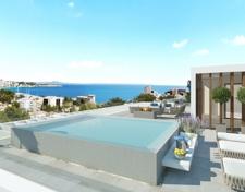 Swimming Pool mit tollem Meerblick in Apartment zum Verkauf