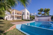 Villa in Nova Santa Ponsa mit Meerblick