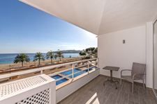 Sea view apartment in Magalus for sale in Mallorca