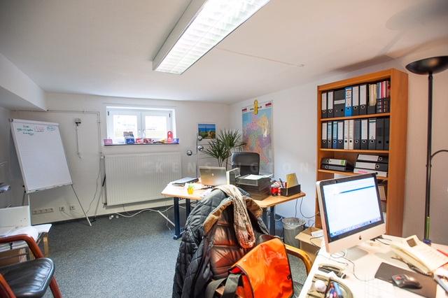 Büro UG