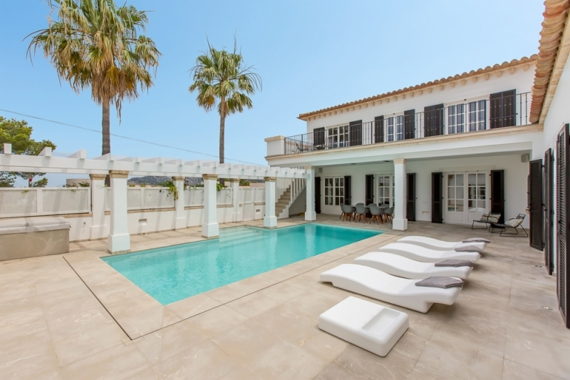 Villa mit Pool auf La Mola