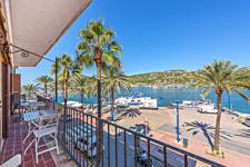 Balkon mit Hafenblick in Port Andratx