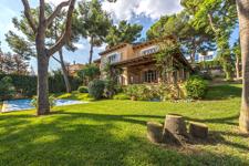 Large villa on large plot in Bendinat hotspot Mallorca