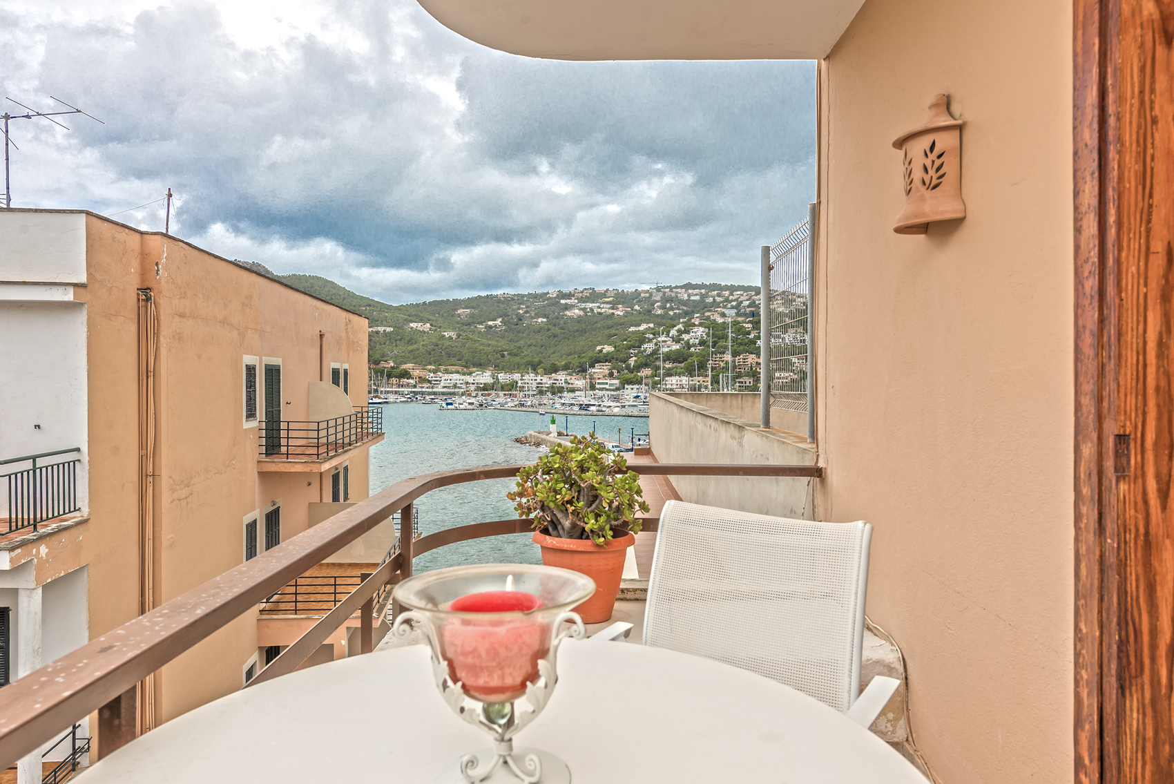 Balkon mit Bergblick in Mallorca