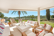 Sunny terrace and private garden in Floresta del Mar properties for sale