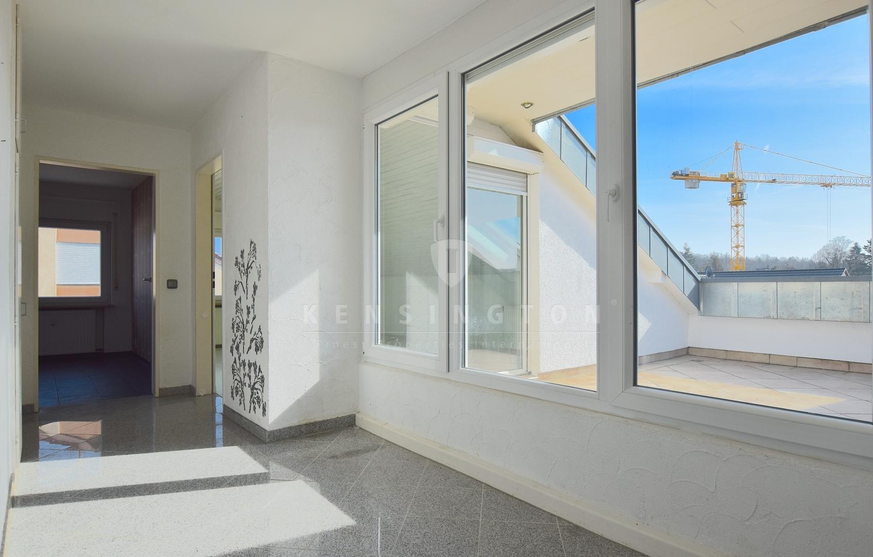 Lichterfülltes Wohnen durch große Fensterfronten