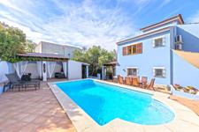 Villa Palmanova with private pool for sale in Mallorca
