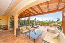 Large terrace and garden in groundfloor apartment Voramar Portals
