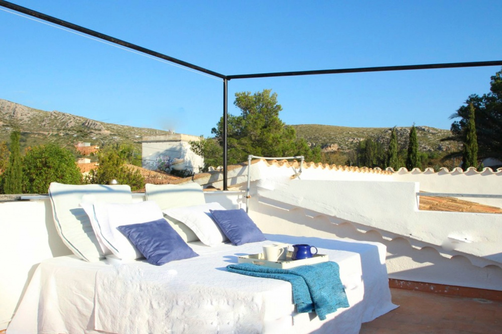 Mediterranean  style villa in Puerto Pollensa in the privileged area of Can Singala for sale