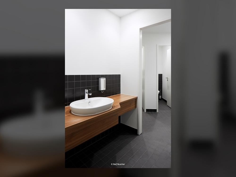 Musterbüro WC