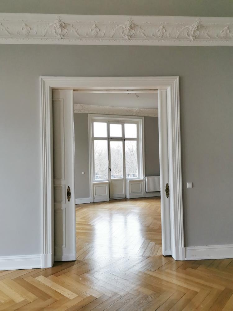Blick Esszimmer ins Wohnzimmer