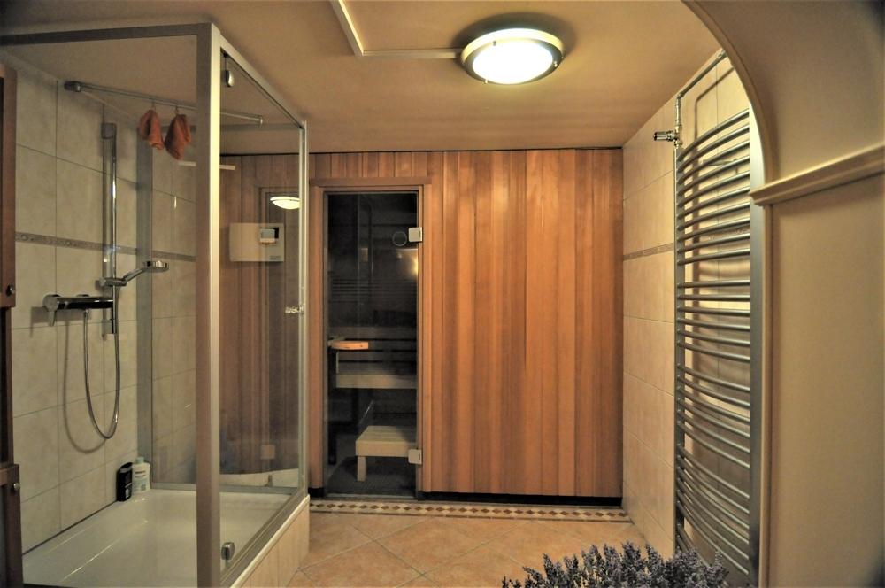Sauna/ Dusche