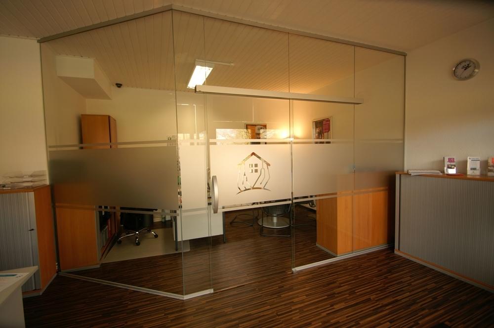 Raumteiler/ Glaswand