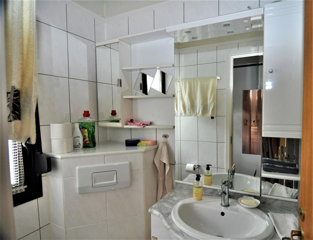Gäste-WC mit DuscheDSC_1427