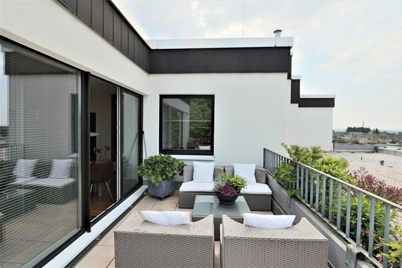 Terrasse zum Wohnraum