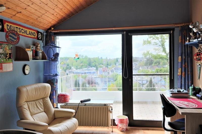 OG - Schlafzimmer mit Zugang Terrasse