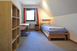 Ein Schlafzimmer im OG