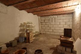 Der Kellerraum unter der Scheune