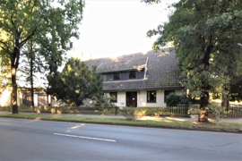 Das Haus von der Straße aus gesehen