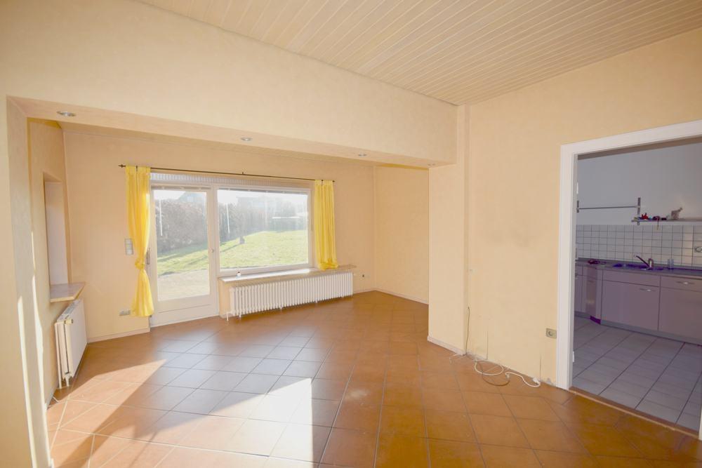 Ansicht Wohnzimmer mit Anbau