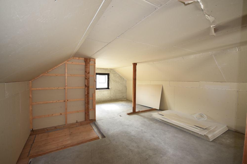 Dachboden vorbereitet für Ausbau (2)