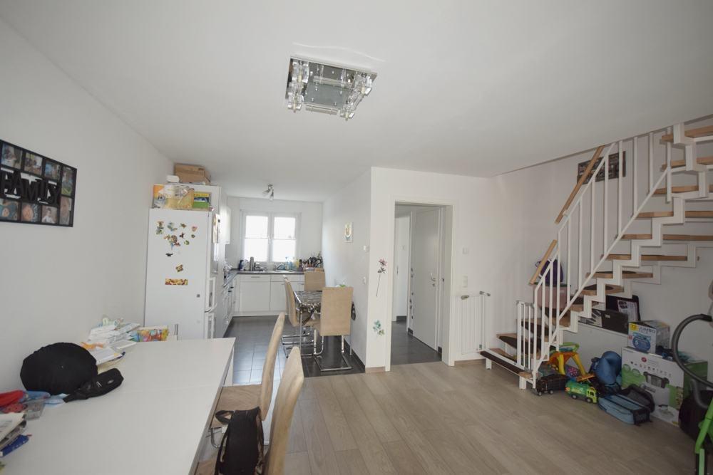 Teilansicht Wohnzimmer Küche Treppe