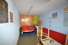 EG-Möbiliertes Zimmer