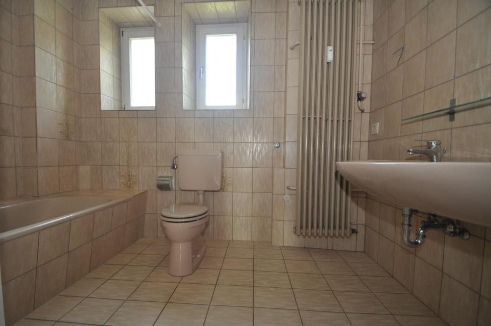 Tageslicht-Wannen-Bad-1