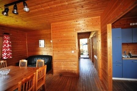 Wohnzimmer-Küche-Flur-Haus-links