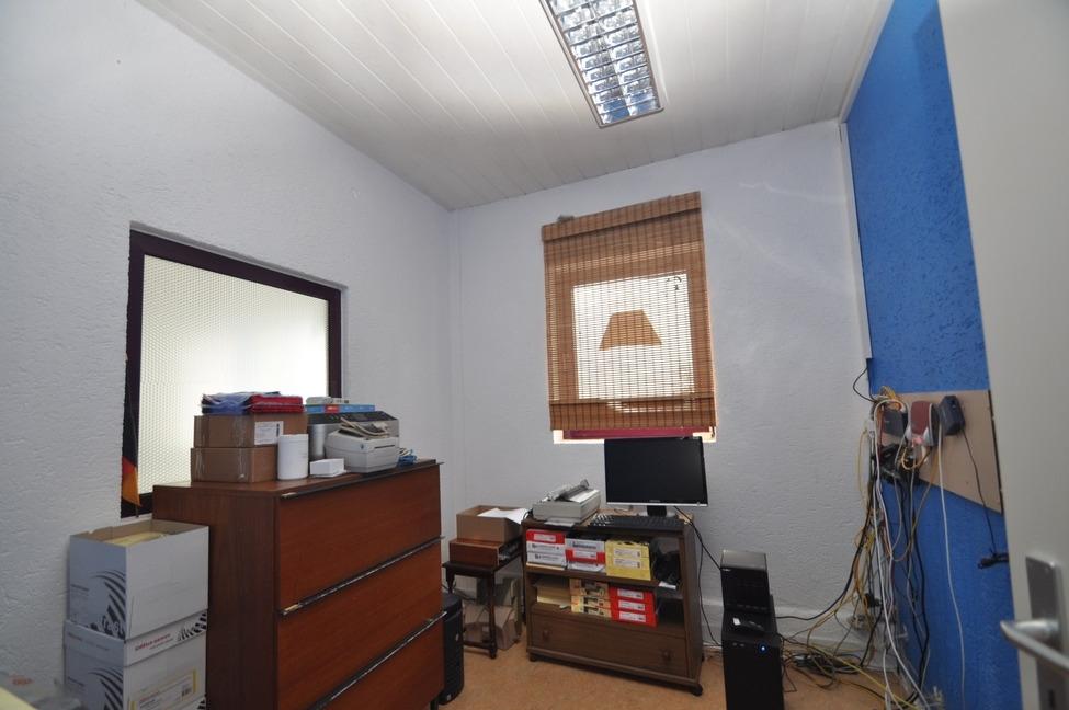 Büro Akra Handel-4